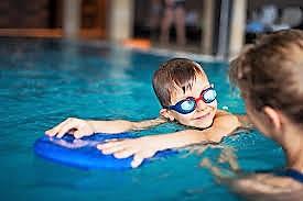 Přihlášky na plavecké kurzy dnes startují!